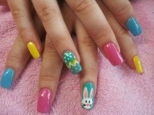 Дизайн нарощенных ногтей, забавный детский разноцветный маникюр с зайчиком