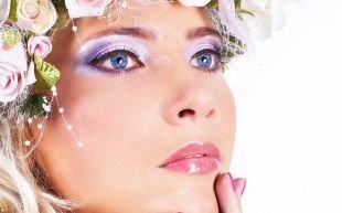 Яркий макияж для голубых глаз, блестящий макияж для голубых глаз