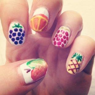 Рисунки дотсом на ногтях, маникюр с рисунком фруктов