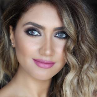 Свадебный макияж для русых, красивый летний макияж с серыми тенями и розовой помадой