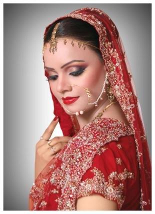 Восточный макияж для карих глаз, макияж индианки для карих глаз