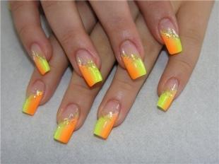 Двойной френч на ногтях, оранжевый французский маникюр
