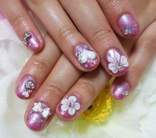 Коралловые ногти с рисунком, объемный дизайн на коротких ногтях