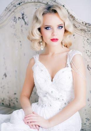 Свадебные прически распущенные волосы на средние волосы, укладкам в форме «холодной волны» - свадебная прическа на средние волосы