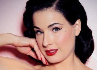 Макияж для брюнеток с красной помадой, аккуратный макияж в стиле чикаго 30-х годов