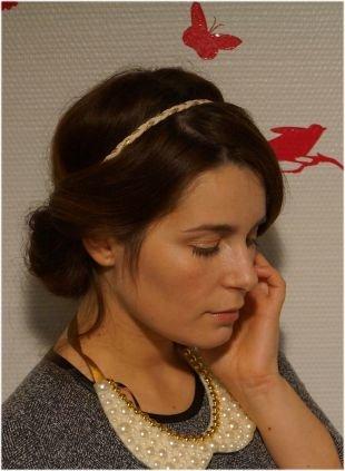 Греческие прически на средние волосы, классическая греческая прическа с повязкой