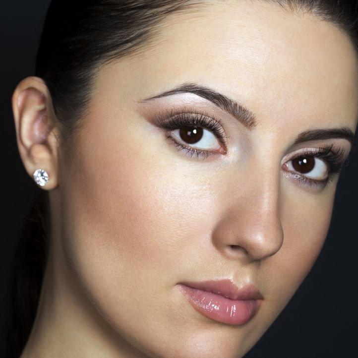 Свадебный макияж для темно-карих глаз