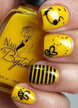 Черный дизайн ногтей, желтый маникюр для коротких ногтей квадратной формы
