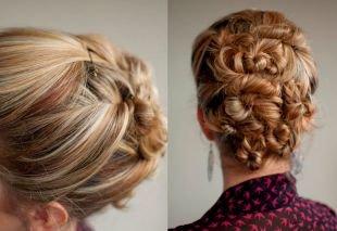Медовый цвет волос, оригинальная прическа с пучками
