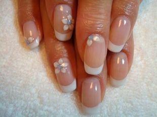 Нежные рисунки на ногтях, хорошенький свадебный маникюр
