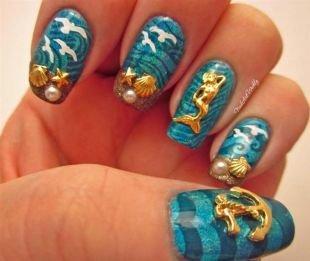 Рисунки на ногтях, оригинальный маникюр на морскую тематику