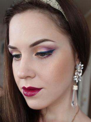 Макияж для шатенок с голубыми глазами, великолепный новогодний макияж
