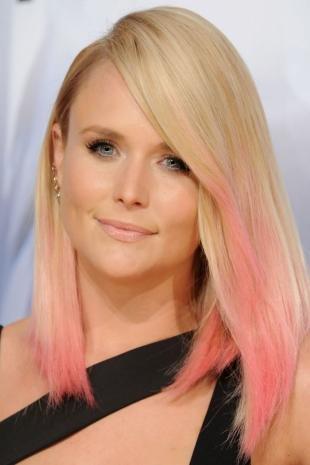 Перламутровый цвет волос, цвет волос блонд с розовыми прядями