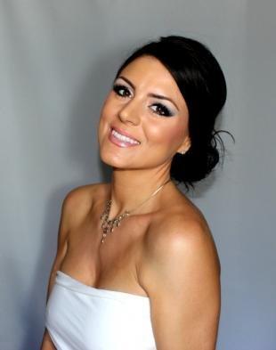 Свадебный макияж в греческом стиле, свадебный макияж для карих глаз и смуглой кожи