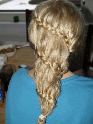 Прическа колосок на длинные волосы, прическа с косами, заплетенными  по диагонали