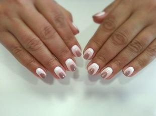 Дизайн ногтей шеллаком, трехцветный маникюр шеллак в пастельных тонах