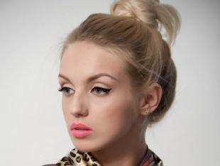 Макияж для круглых маленьких глаз, офисный макияж для блондинок