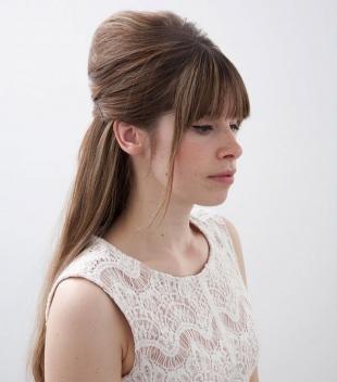 Свадебные прически распущенные волосы на длинные волосы, прическа для выпускного бала - мальвинка с высоким начесом