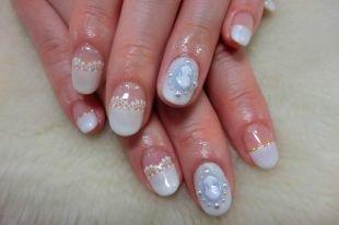 Свадебный маникюр на короткие ногти, живописный свадебный маникюр