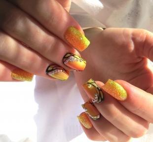 Рисунки на нарощенных ногтях, оригинальный оранжевый маникюр
