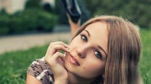 Макияж на фотосессию на природе, легкий макияж для школьниц с накладными ресницами