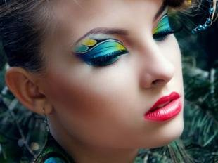 Карнавальный макияж, креативный макияж глаз